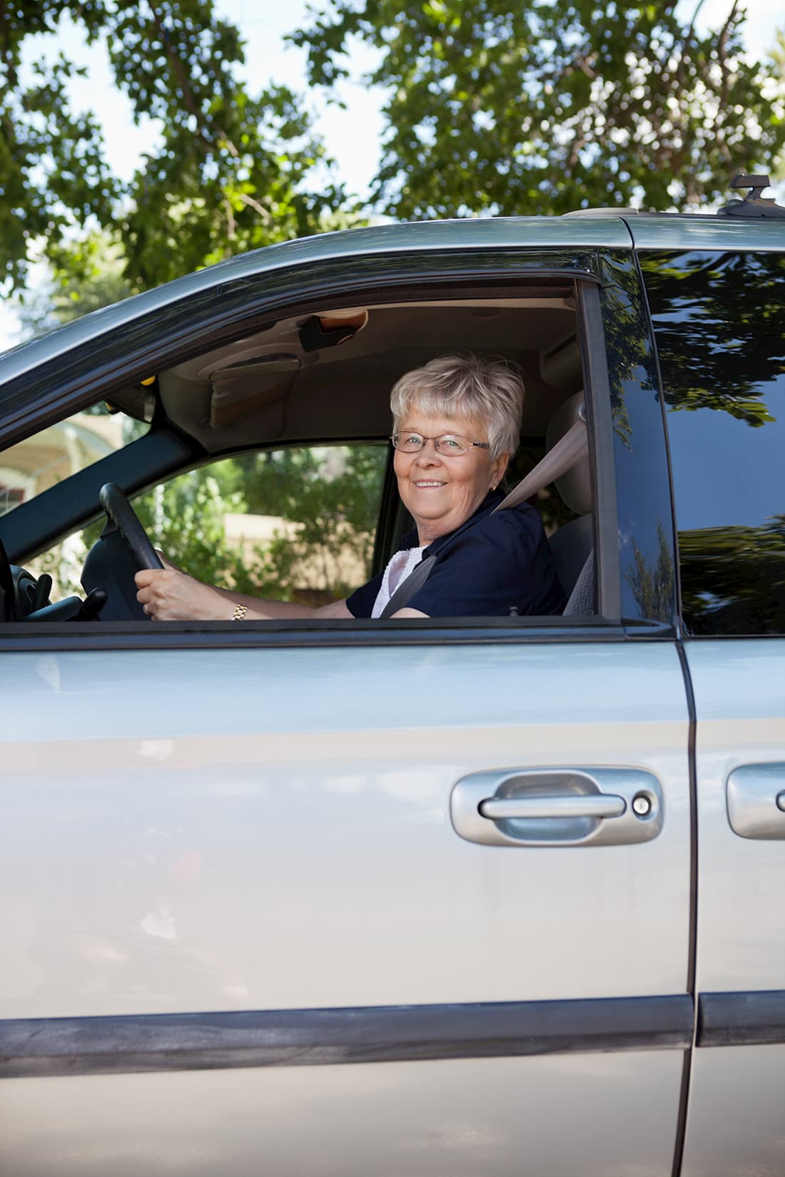 woman driving lesson with modified driving